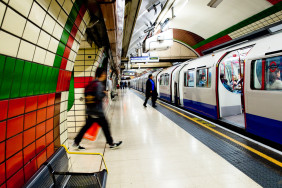 London Tube Piccadilly-Line