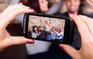 Smartphone-Kameras können zwar noch nicht mit digitalen Spiegelreflex-Kameras mithalten, doch die eigenen Fotos lassen sich leicht optimieren.