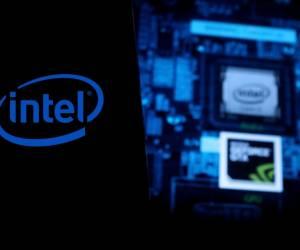 Intel gewinnt Amazon und Qualcomm als Kunden für Auftragsfertigung
