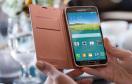 Samsung hat sein neues Android-Flaggschiff Galaxy S5 auf dem Mobile World Congress 2014 in Barcelona vorgestellt. Im Vergleich zum Vorgänger, dem Samsung Galaxy S4, zählen unter anderem ein Fingerabdrucksensor im unteren Bereich des Displays und ein Pulsm