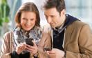 Mehr als die Hälfte aller deutschen Internet-Nutzer surft auch mobil, das ist das Ergebnis einer Befragung des Statistischen Bundesamts (Destatis).