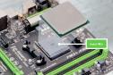 Sockel FM2+ - Neue Prozessoren von AMD passten oft noch in ältere Sockeltypen. Mit Kaveri führt AMD allerdings den neuen Sockel FM2+ ein. Er ist Voraussetzung für Kaveri-CPUs. Der Sockel FM2+ ist übrigens abwärtskompatibel und nimmt auch Richland- und Tri