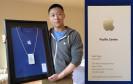 Der Ex-Apple-Mitarbeiter Sam Sung hat aufgrund seines Namens die Smartphone-Branche erheitert. Jetzt versteigert er seine letzte Visitenkarte auf eBay. Die Auktion verspricht Rekorderlöse.