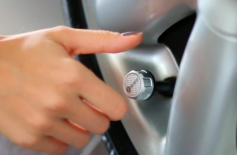 Smartphone Pr 252 Ft Den Reifendruck Des Autos Com Professional