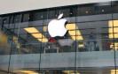 Verkaufsstart für das neue iPhone 6. Nach nächtelangem Warten vor den lokalen Stores halten die ersten Apple-Jünger ihr neues Smartphone in Händen - mehr oder weniger!