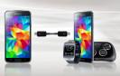 Bei mancher Smartwatch ist schon am frühen Nachmittag Feierabend. Dann lässt sich der Akku der Uhr mit einem speziellen USB-Kabel über das Smartphone oder Tablet nachladen.