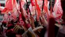 Platz 3 - Am dritthäufigsten bewegte gaben die Wahlen in Brasilien den meisten Gesprächsstoff auf Facebook. Nach einer Stichwahl zwischen Amtsinhaberin Dilma Rousseff und Aécio Neves wurde Rousseff zum Präsidenten gewählt und verlängert ihre Amtszeit um