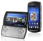 Sony Ericsson Xperia Play: Exotische Smartphones sind angesichts der allgemein üblichen Bauweise eher selten, aber Sony Ericsson schaffte im Jahr 2011 die Kreuzung von Spielekonsole und Telefon.