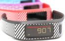 Garmin peppt seine Fitness Tracker der Vivofit-Serie auf und bringt diese ab März mit verschiedenen Armbändern aus Leder und Edelstahl auf den Markt.