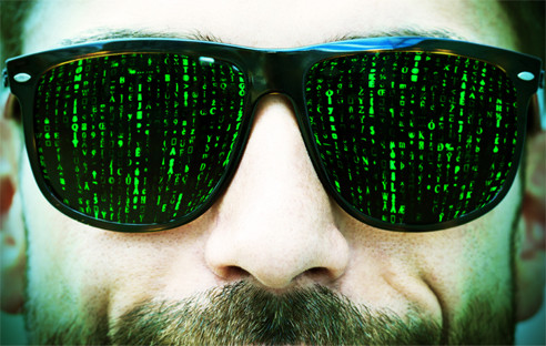 Mann mit Matrix-Brille