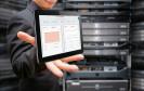 Server-Monitoring vor Server-Rack