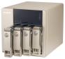 Mit einer sequenziellen Lese- und Schreibleistung von 105,8 beziehungsweise 126,9 MByte/s schob sich das QNAP TVS-463 hauchdünn vor die Synology DiskStation DS415+ an die Spitze des Testfelds.
