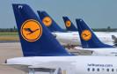 Lufthansa-Logo auf Flugzeug