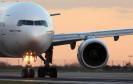 Flugzeug auf der Startbahn