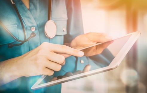 Gesetze gegen Ärzte, die Patienten datieren